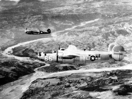 Formation curtiss P-40 et B-24