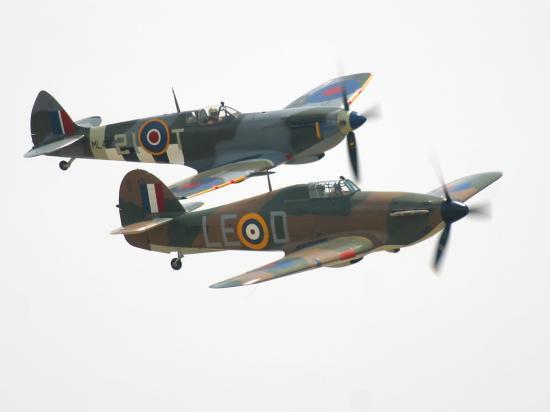 Spitfire - Hurricane